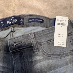 Brand new grey Hollister jeans (7R/28)
